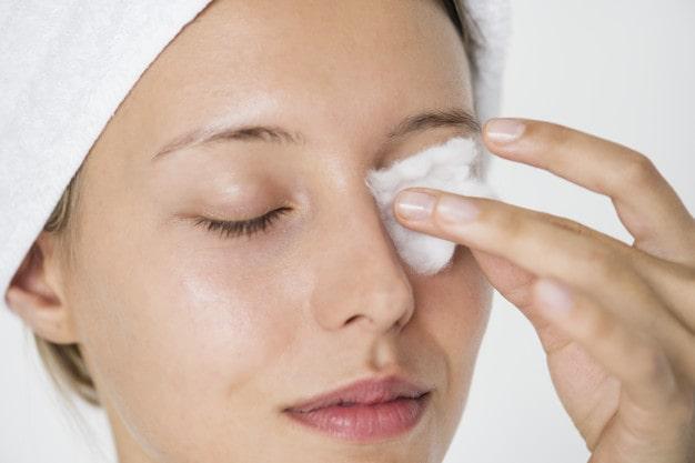 پاک کننده صورت ، آرایش ساده صورت در منزل