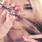 قیمت آموزش آرایشگری زنانه سال 98