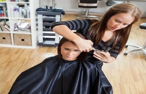 هزینه دوره های آرایشگری زنانه