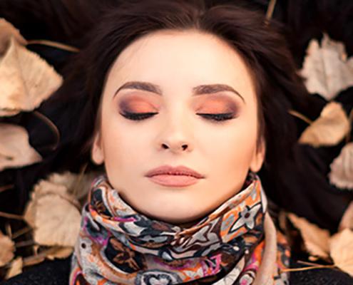 رنگ مناسب آرایش پاییز و زمستان